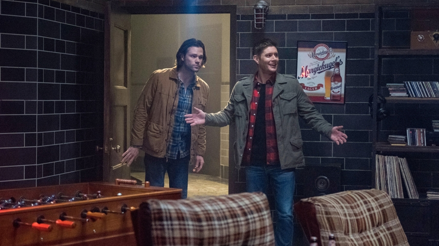 Dean Winchester is a giant nerd and 'Supernatural' knows it