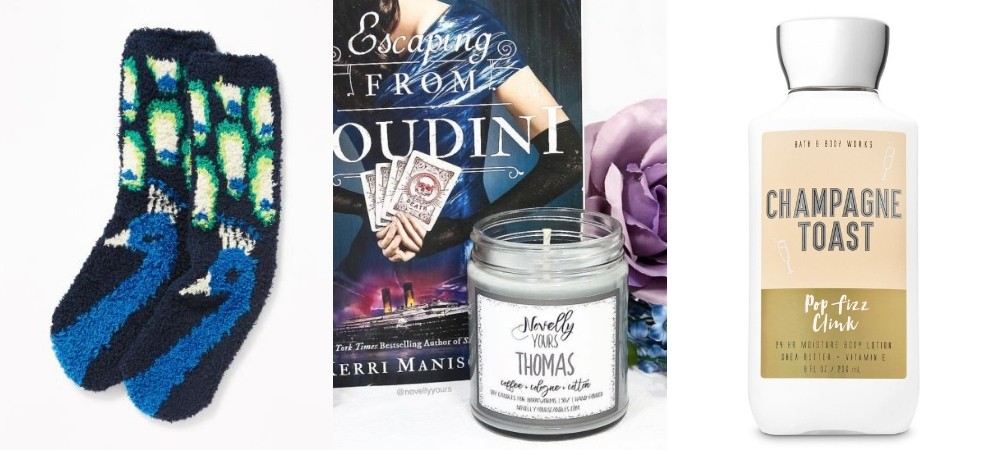Last Minute Gifts for Book Lovers: Cozy Gifts
