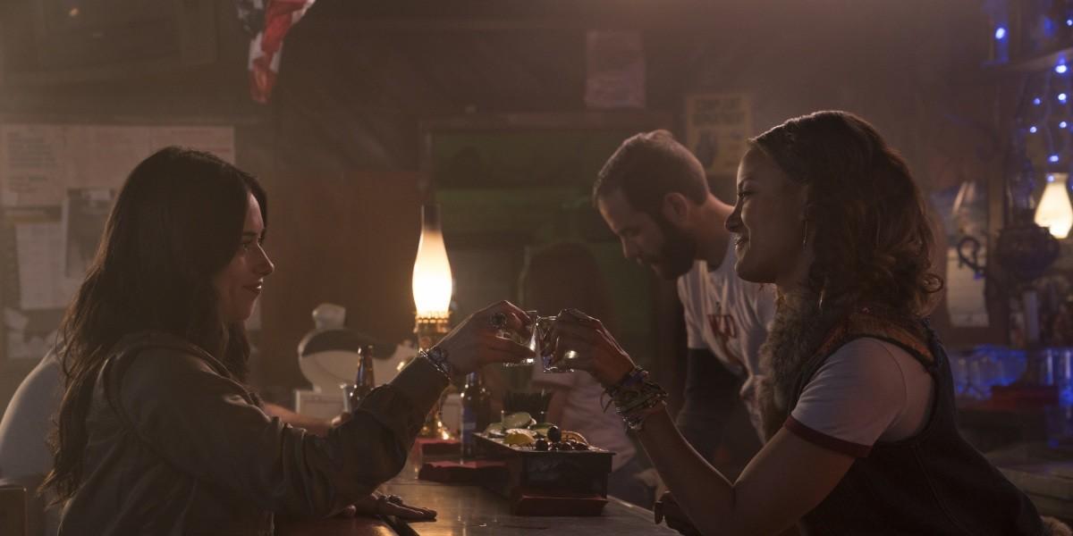Roswell, New Mexico' season 2 premiere date, trailer, cast, wishlist