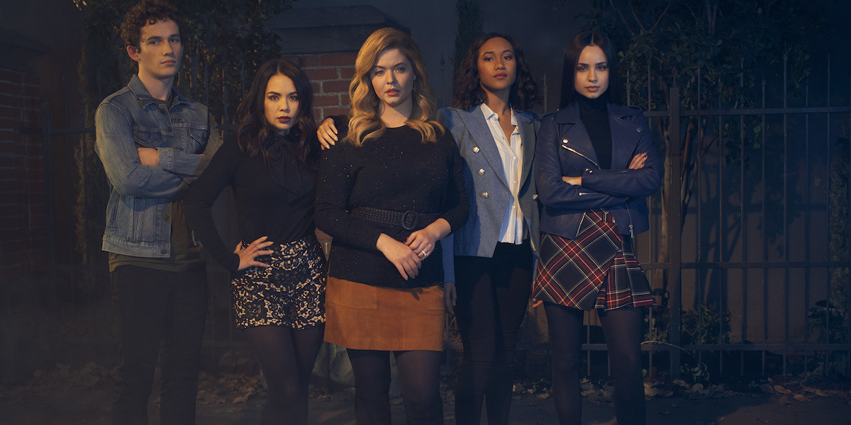 Pretty Little Liars: The Perfectionists series premiere