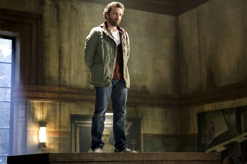 Supernatural season 14 finale: Theories on the special guest