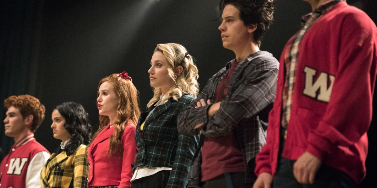 Everything you need to know about 'Heathers' for the