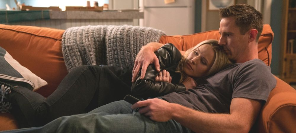 'Veronica Mars' season 4 -- Veronica and Logan cuddling