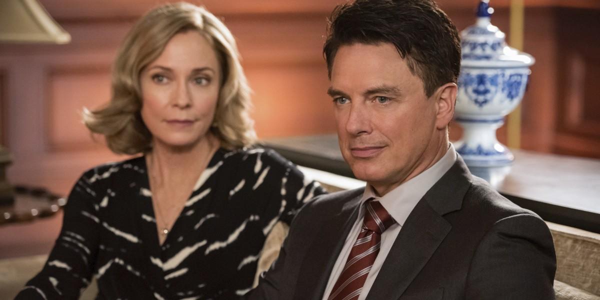 Arrow season 8 premiere