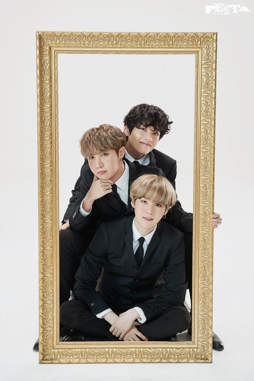 BTS 7th Anniversary Family Portrait 30